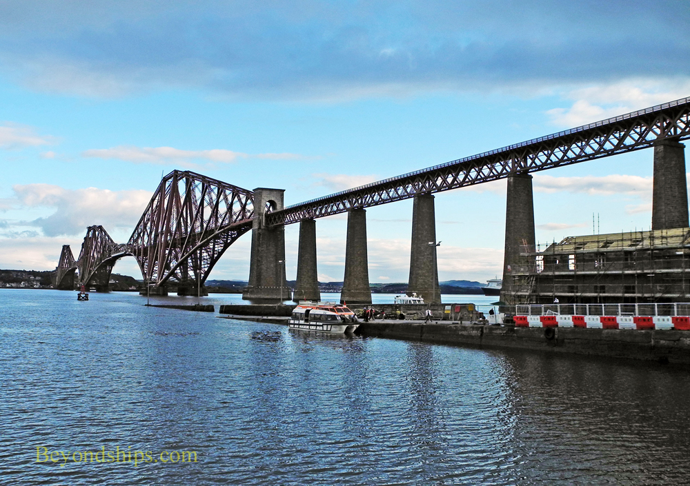 Hawes Pier and the Forth Railway Bridge