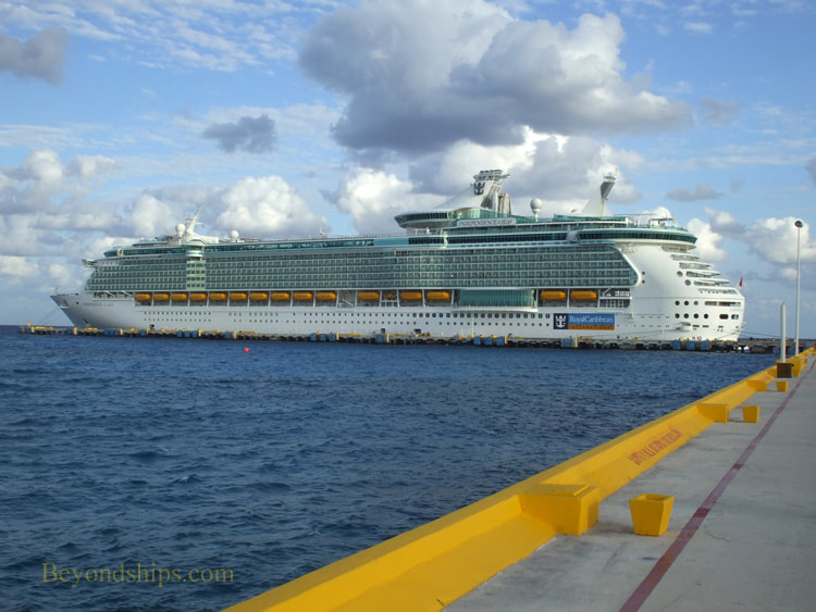 Independence of the Seas in Costa Maya cruise port