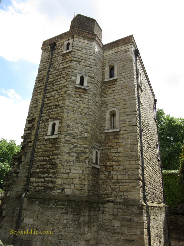 Jewel Tower, London, England