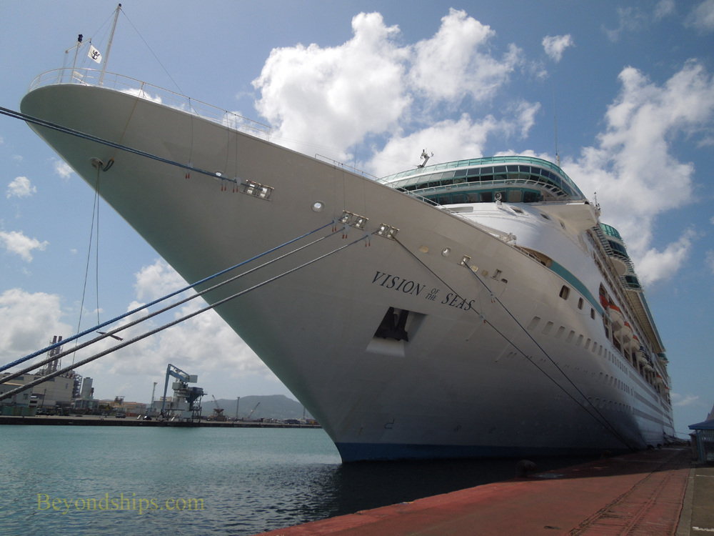 Cruise ship Vision of the Seas in Martinique
