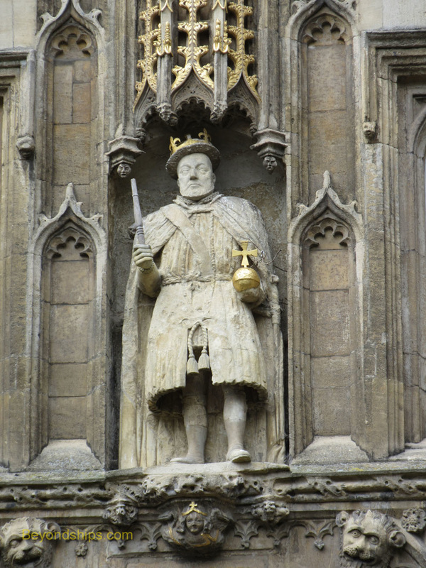 Henry VIII statue, Great Gate, Trinity College, Cambridge