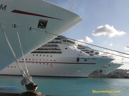 Picture Cruise ships Carnival Dream, Carnival Pride and Carnival Conquest  Nassau, The Bahamas