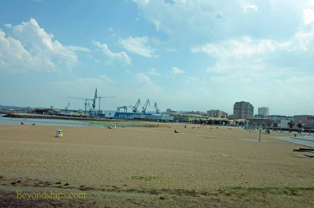 Arbeyal beach., Gijon, Spain