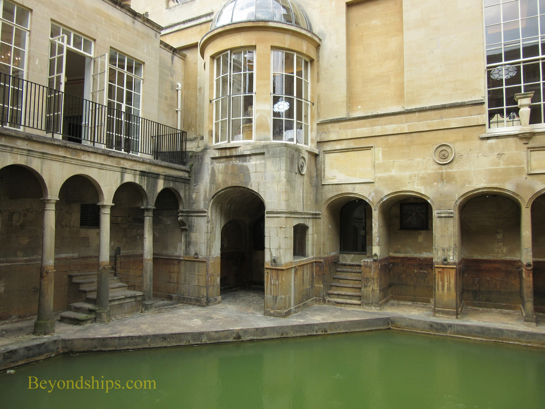 Picture Thermal spring and The Pump Room, Bath England