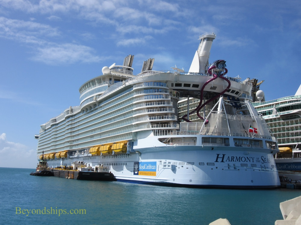Harmony of the Seas in St. Maarten