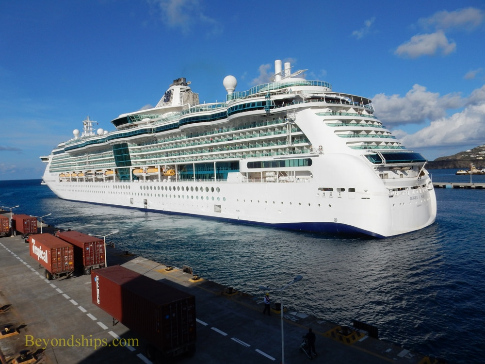 Jewel of the Seas in St. Maarten