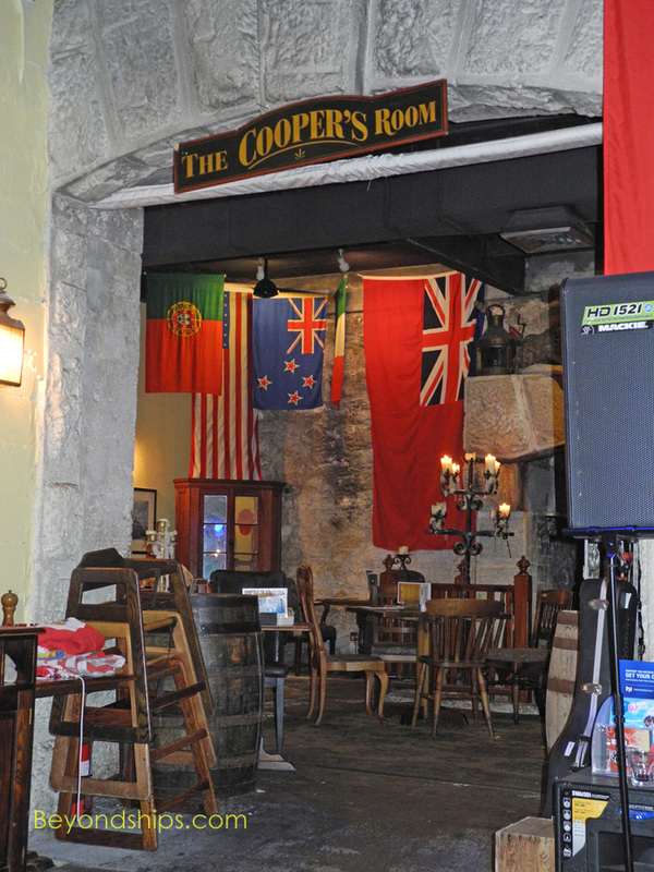 Frog and Onion Pub, Royal Naval Dockyard, Bermuda