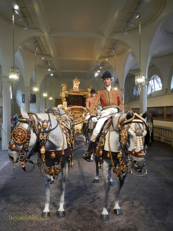 Gold State Coach, Royal Mews, Buckingham Palace, London