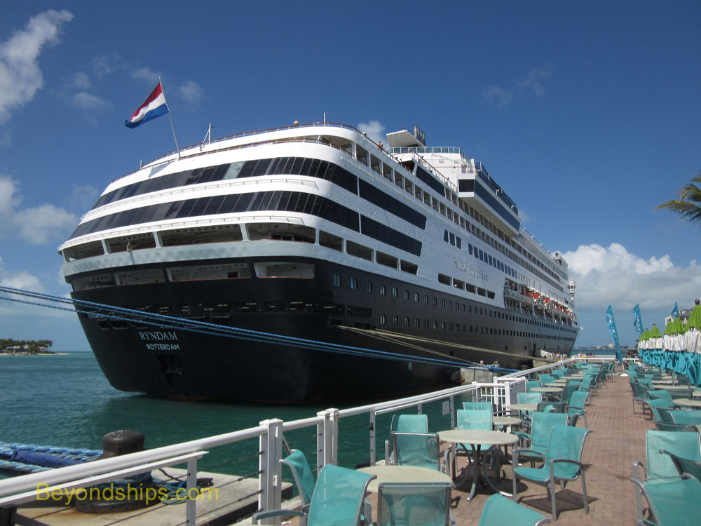 Rundam cruise ship