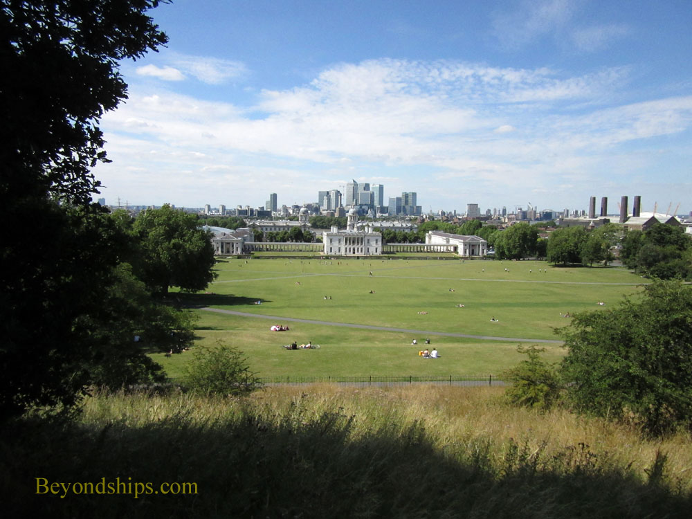 The Queen's house and Royal Naval College from Observatory Hill