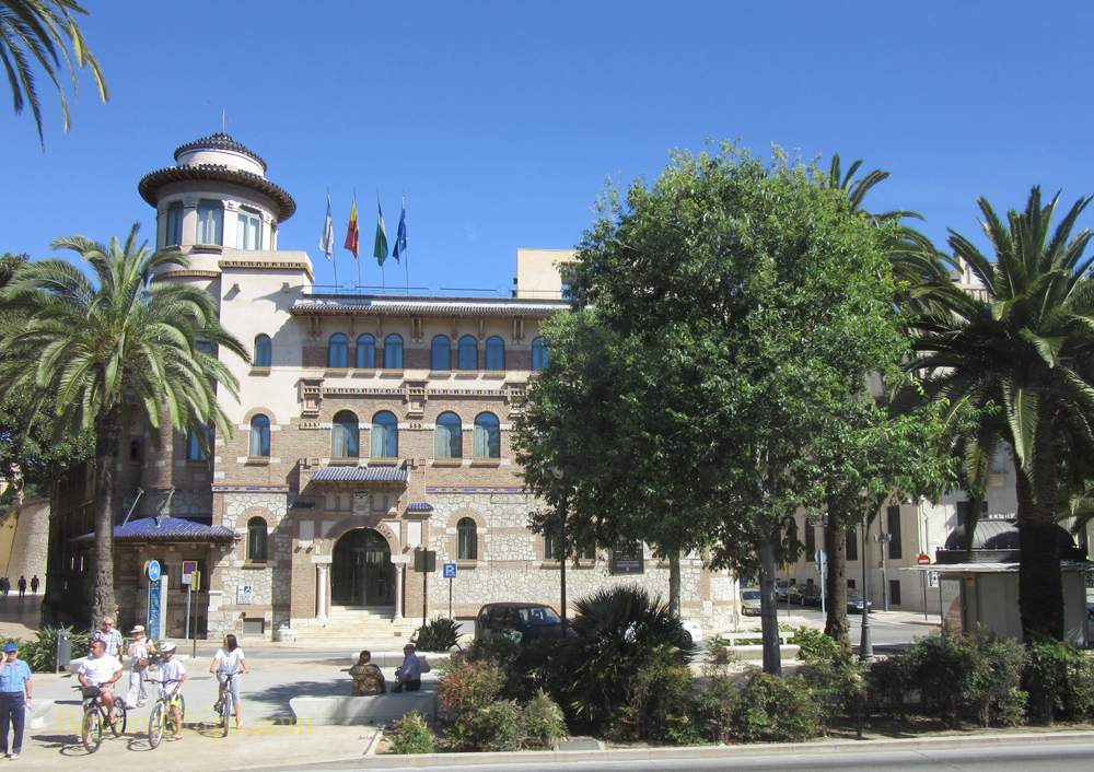 Malaga, Old Post Office Building
