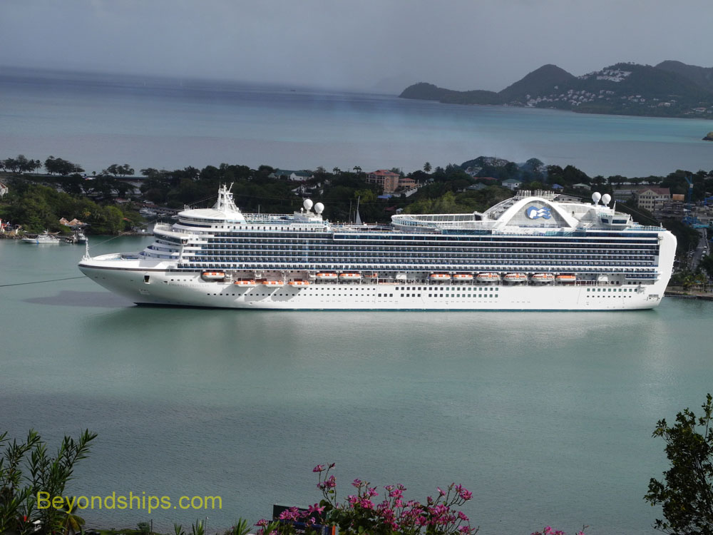 cruise ship Emerald Princess