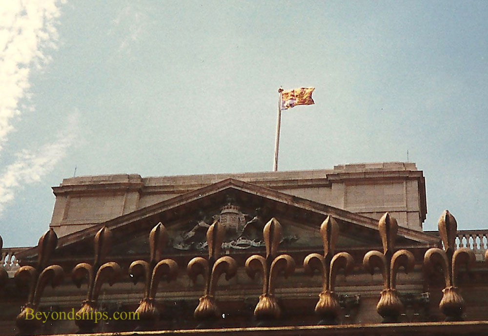 Queen's standard over Buckingham Palace