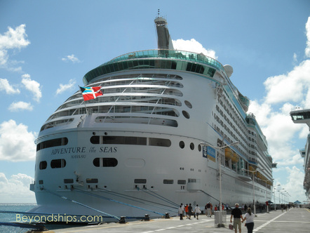 Cruise ship Adventure of the Seas in St Maarten