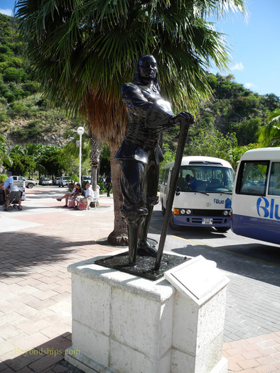Picture cruise destination St Maarten Peter Stuyvesant statue