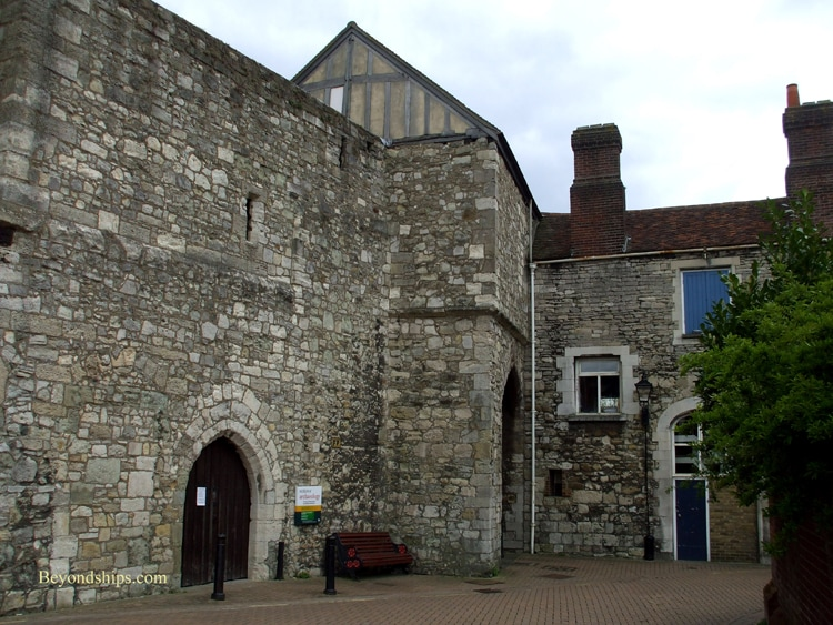 Southampton, England, Museum of Archaeology